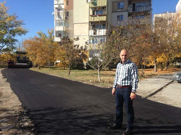 """Нова улица и паркинг за жителите на блок 53 в """"Тракия"""""""