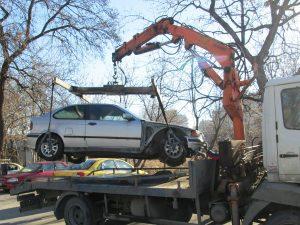 """В """"Тракия"""" вдигат излезли от употреба автомобили"""