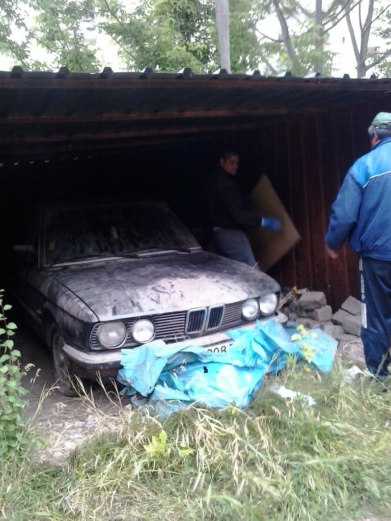 """Премахват гаражи на длъжници в район """"Тракия"""""""