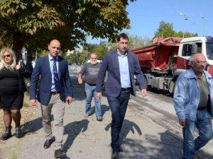 """Инспектираха мащабните ремонти в район """"Тракия"""""""