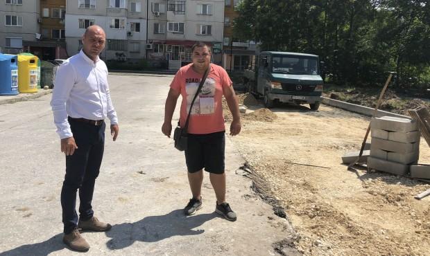 """Десетки нови паркоместа в """"Тракия"""""""