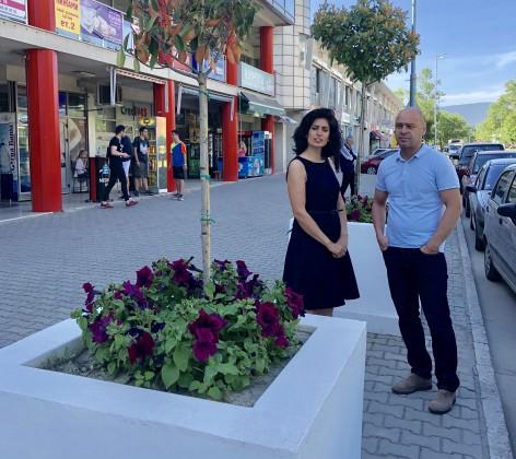 """Обновиха пространството пред търговски център """"Аримаг"""" – 01.06.2018г."""