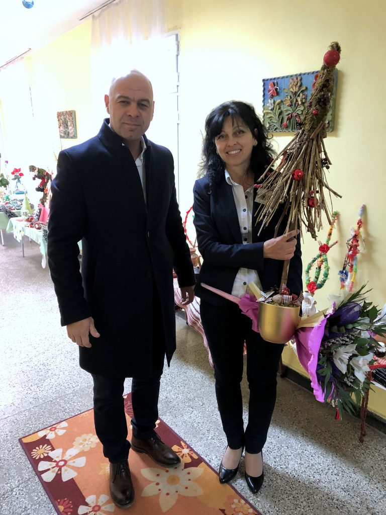 """Костадин Димитров и деца от """"Тракия"""" празнуваха заедно в навечерието на Коледа"""