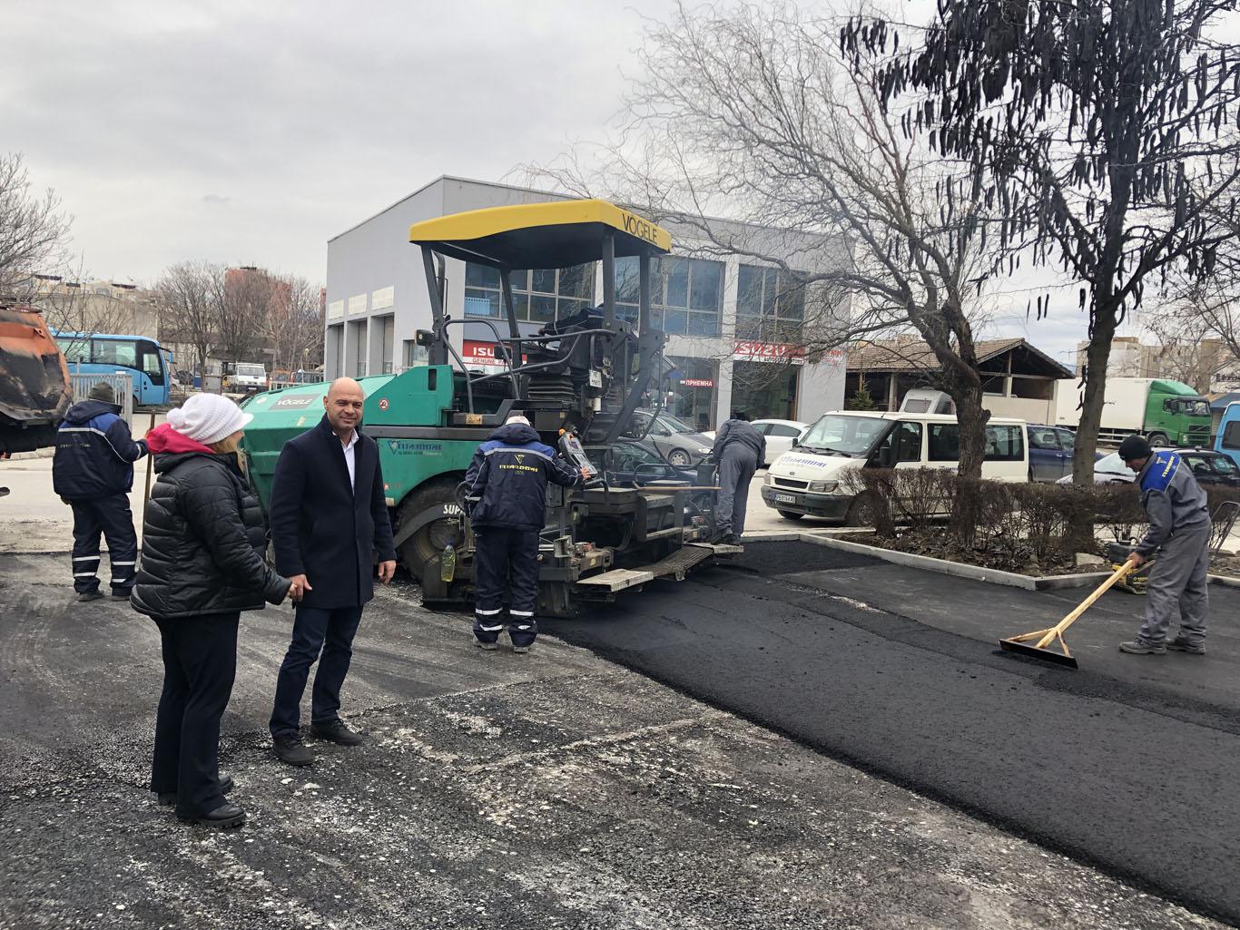 """В """"Тракия"""" продължава изграждането на нови паркоместа"""