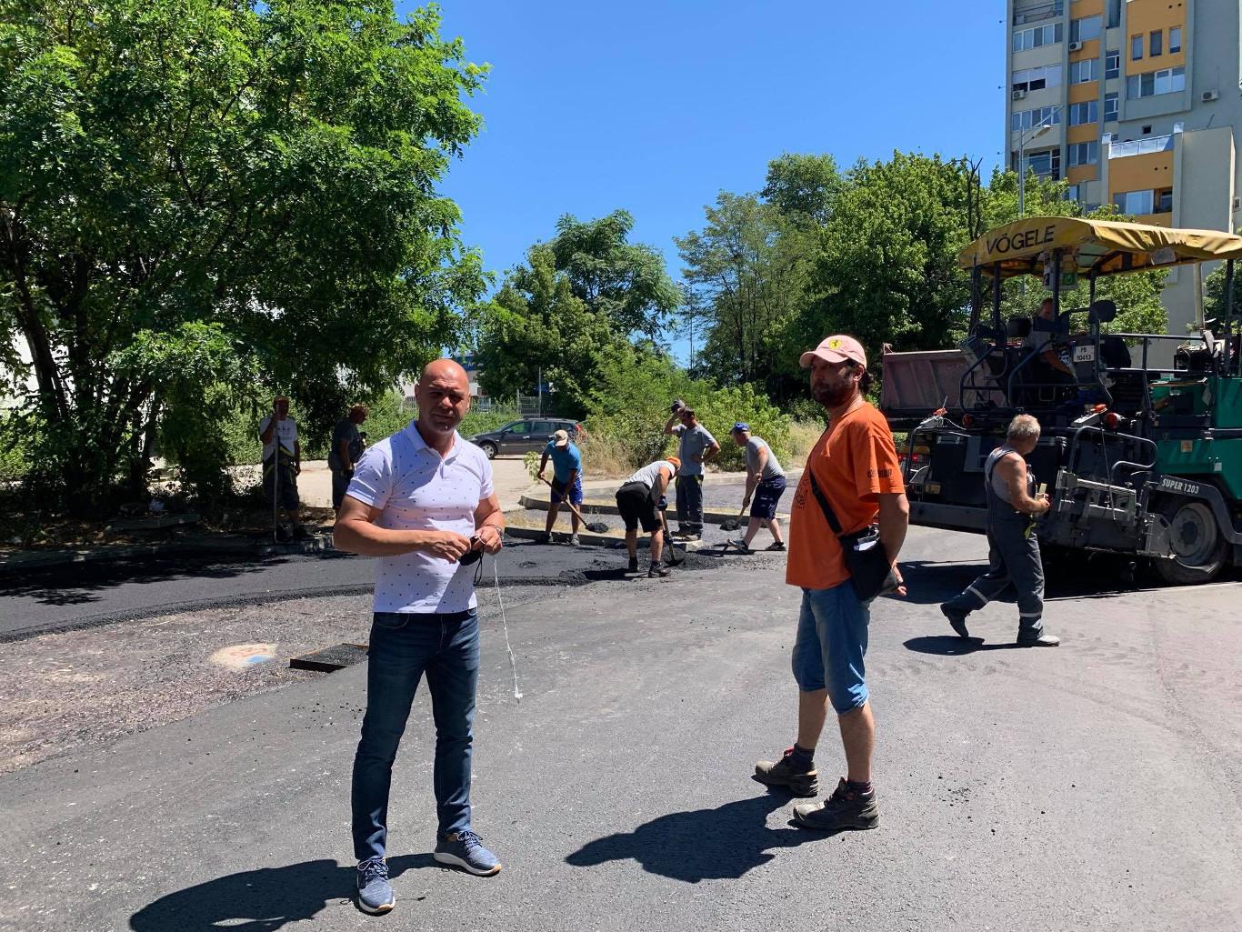 """В """"Тракия"""" преасфалтираха улица - вход към парк """"Лаута"""""""
