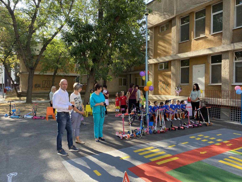 Нова площадка в детска градина Еделвайс