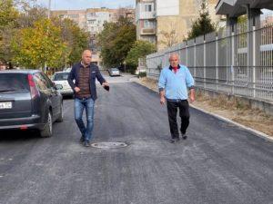 """Обновиха още една улица в """"Тракия"""""""