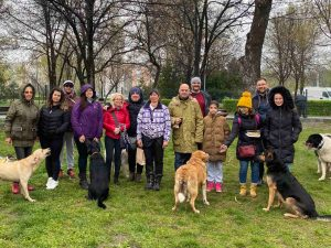 """С демонстрации откриха площадка за разходка на кучета в """"Тракия"""""""