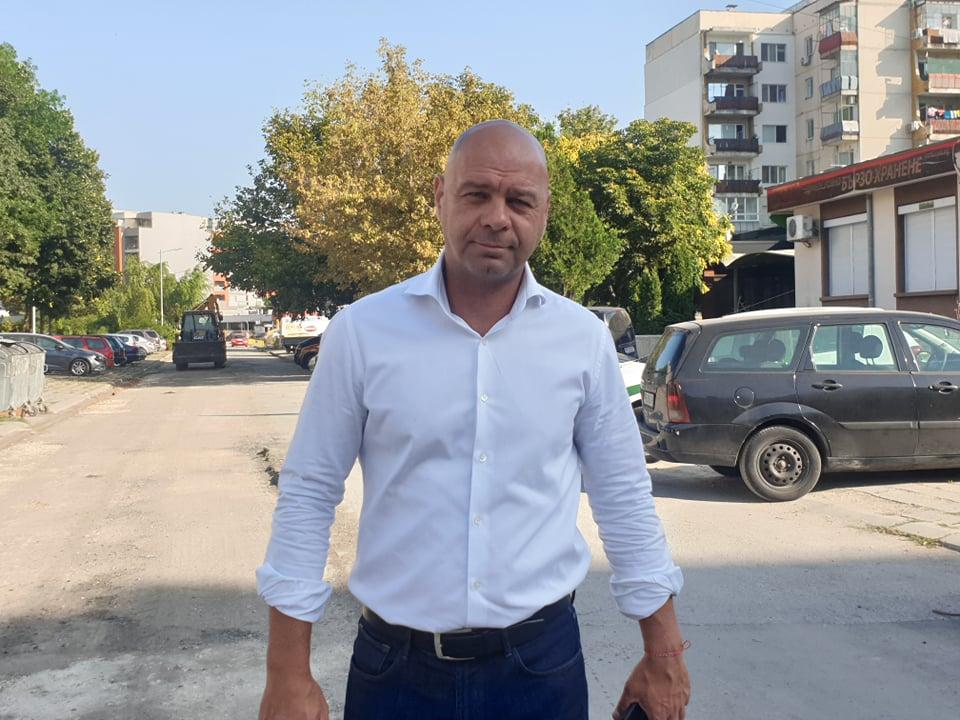 """Започна чакан ремонт на улица в """"Тракия"""""""